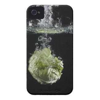 水ではねかけているレタス Case-Mate iPhone 4 ケース