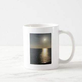 水に日曜日 コーヒーマグカップ