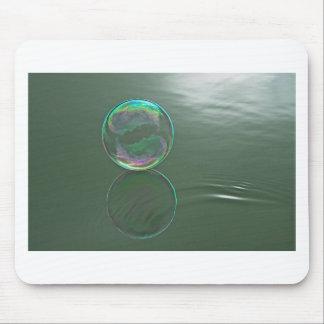 水に浮かぶ泡 マウスパッド
