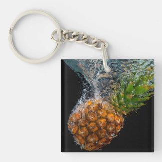 水のパイナップル キーホルダー