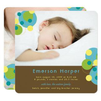 水の快活な円の男の赤ちゃんの誕生の発表 カード