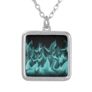 水の炎 シルバープレートネックレス