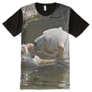 水の白くまの食べ物 オールオーバープリントT シャツ