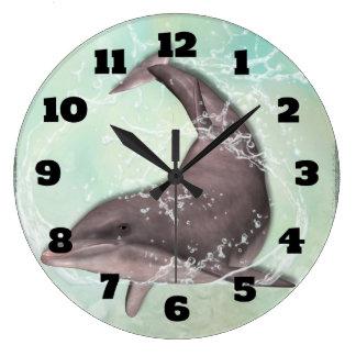 水の緑水ではねかけているイルカ ラージ壁時計