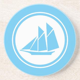 水の青いスクーナー船のヨットの航海のなコースター コースター