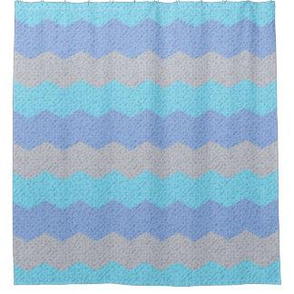 水の、青および灰色のシェブロン シャワーカーテン