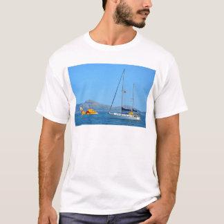 水上飛行機およびヨット Tシャツ