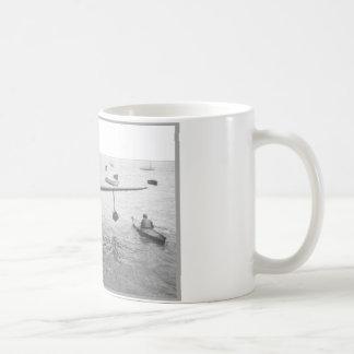 水上飛行機及びカヌー コーヒーマグカップ