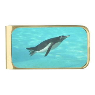 水中に泳いでいるペンギン ゴールド マネークリップ