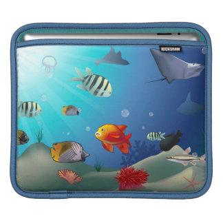水中場面 iPadスリーブ