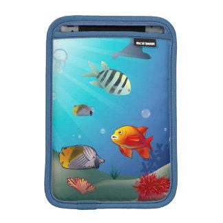 水中場面 iPad MINIスリーブ