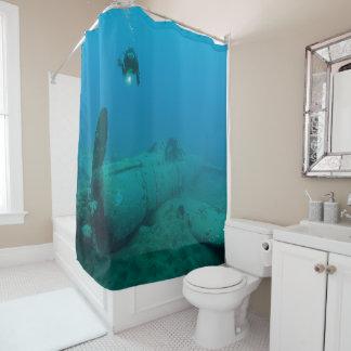 水中飛行機の大破 シャワーカーテン