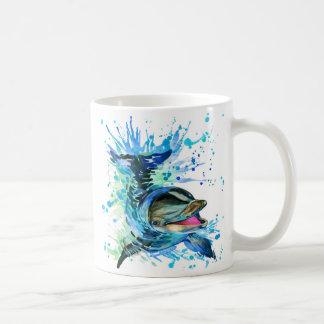 水彩画のイルカの基本的な白いマグ コーヒーマグカップ