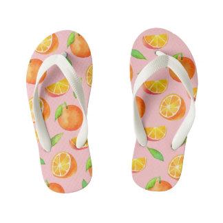 水彩画のオレンジフルーツパターン キッズビーチサンダル