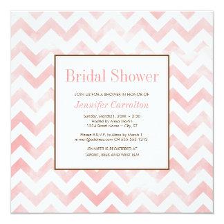 水彩画のシェブロンのブライダルシャワーの招待状(ピンク) カード
