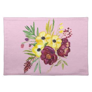 水彩画のシャクヤクの花束 ランチョンマット