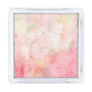 水彩画のピンクの花の背景 シルバー ラペルピン