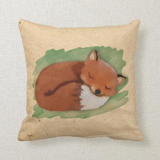 水彩画の眠いキツネの枕 クッション