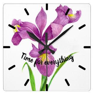 水彩画の紫色のアイリス植物の花の芸術 スクエア壁時計