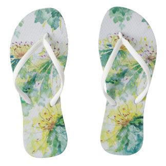 水彩画の菊のビーチサンダル ビーチサンダル