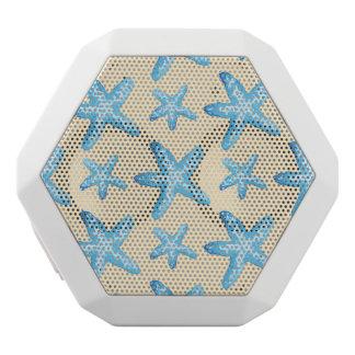 水彩画の青いヒトデパターン ホワイトBluetoothスピーカー