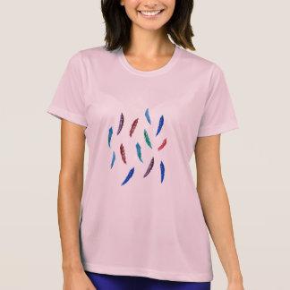 水彩画は女性の性能のTシャツに羽をつけます Tシャツ