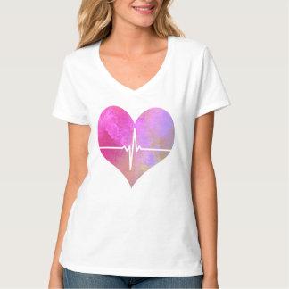 水彩画EKGのハート Tシャツ