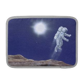 水星の上のAstronuat MacBook スリーブ