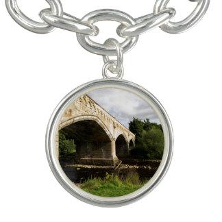 水星橋、リッチモンド、ノースヨークシャー州 ブレスレット