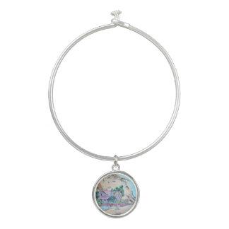 水晶入江-円形のチャームが付いている腕輪のブレスレット バングルブレスレット