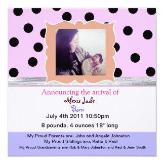 水玉模様の新生児のカスタムの発表 カード