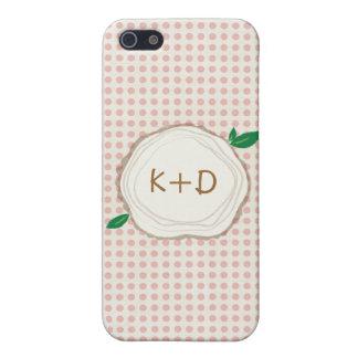 水玉模様の木製の切れのイニシャルのIPhoneの場合 iPhone SE/5/5sケース
