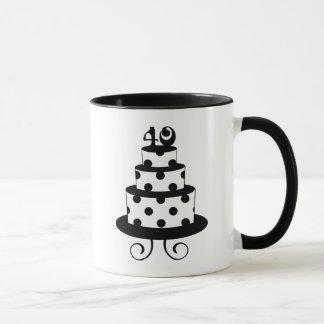 水玉模様の第40誕生日記念日のケーキ マグカップ