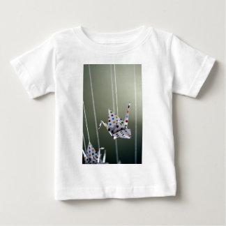 水玉模様のorigamiクレーン ベビーTシャツ