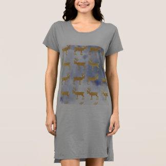 水色の青空、金ゴールド、シカ、パターン、トレンディー、w ドレス