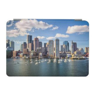 水辺地帯からのボストンスカイライン iPad MINIカバー