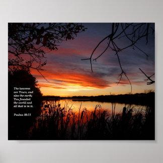 水辺地帯の日没 ポスター
