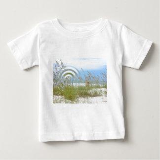 水辺地帯の眺め ベビーTシャツ