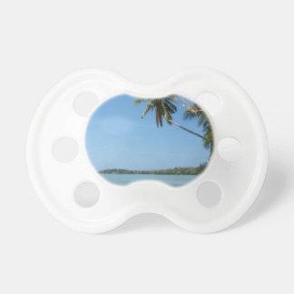 水酸化カリウム溶液のSamuiのビーチ3 おしゃぶり
