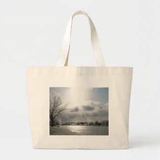 氷った冬場面の写真が付いているトートバック ラージトートバッグ