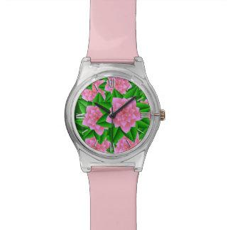 氷のピンクのツバキおよび緑の葉 腕時計