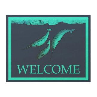 氷の下のNarwhal -歓迎 ウッドウォールアート