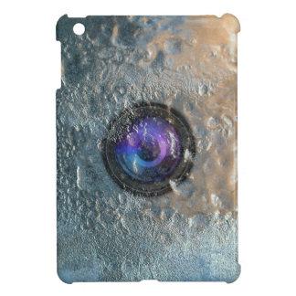 氷のiPad Miniケースで凍っていられているカメラレンズ iPad Miniケース