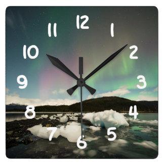 氷山のオーロラ スクエア壁時計