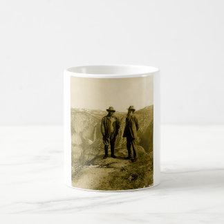 氷河ポイントのTeddy RooseveltおよびジョンMuir コーヒーマグカップ