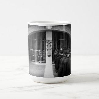 """氷結フレーム-首都: """"変更""""のマグ移して下さい コーヒーマグカップ"""