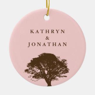 永遠のオークの木の気持ちのピンクの休日の記念品 セラミックオーナメント