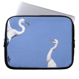 求愛の2羽の素晴らしい白鷺(アルバArdea) ラップトップスリーブ