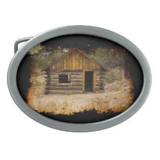 汚い山の小屋 卵形バックル