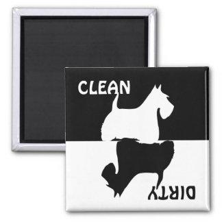 汚れたきれいなスコットランドテリア犬の食洗機の磁石 マグネット